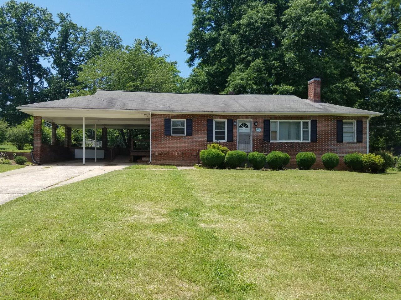 1313 Hawthorne Ave(SOLD)
